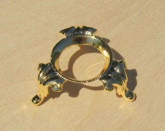 Gold Egg Stand - Princess Ann - for chicken or duck egg