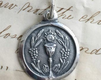 Antique-style First Holy Communion Medal - Antique Reproduction