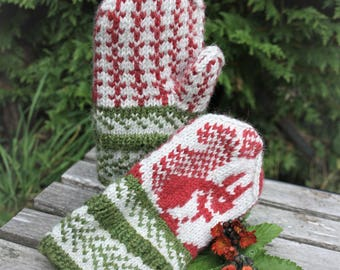 Squirrel mittens