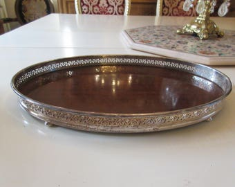 SILVERPLATE TRAY with WOOD Center