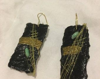 "Happy Notes Judaic Art ""Atikim"" Handmade Hebrew Prayer Earrings"