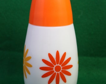 Vintage Westinghouse Gemco Orange and White Daisy Pattern  Sugar Dispenser