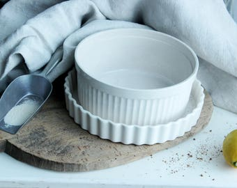 Vintage ironstone baking dish, casserole, tarte mold, quiche mold, souffle form, set of 2,  offwhite, made in Japan, rustic, farmhouse
