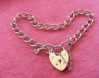 1975, 9.5g Vintage Sterling Silver Charm Bracelet with heart  padlock