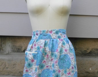 "1960s ""Lilian"" Blue and White Floral Half Apron"