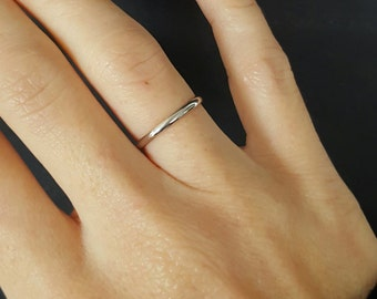 Thin Sterling silver half round ring - 1.5mm Sterling silver wedding ring -  Wedding band - Wedding ring - Sterling silver ring