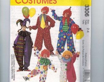 Kids Sewing Pattern McCalls 3306 Kids Clown Suit Costume Halloween Size 2 3 4 Breast 21 22 23 UNCUT