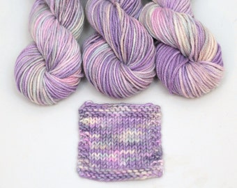 Hand dyed 100% Cashmere Yarn, Iris Glow, Chunky, Mischa, lavender, gray, pink