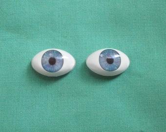 acrylic doll eyes blue, lansshape/ paperweight/Vintage/expressive