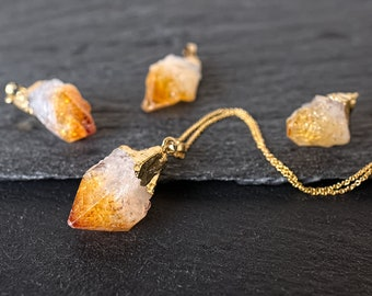 Raw crystal necklace 14k gold filled necklace Raw citrine necklace Raw citrine pendant Orange crystal point necklace Raw mineral necklace