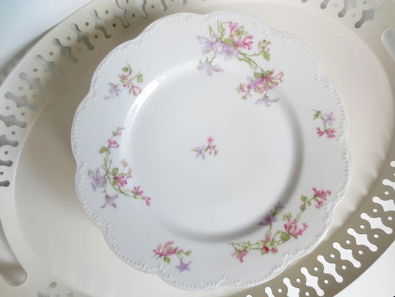 Haviland Limoges France Dinner Plates Large Scalloped Pink Purple Flowers Floral Service French China Dinnerware Victorian Dishes Vintage & Haviland Limoges France Dinner Plates Large Scalloped Pink