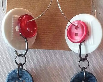 Triple button hoop earrings