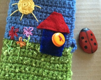 Home is where the heart is - Crocheted Needlecase