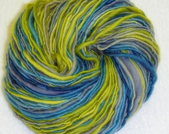 Glücklich coole Art Yarn - 145 Yards - handgesponnene - Single Ply - Dicke und dünne Flammengarn - Single Ply - stricken - häkeln - Weberei, etc.