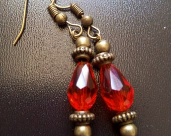 Teardrop faceted way lamp or Victorian glass bead earrings