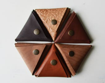 Leather coin purse/ Triangle/ Money pouch/ Change purse/ Brown/ Beige/ Chocolate/ Leather/ Gift