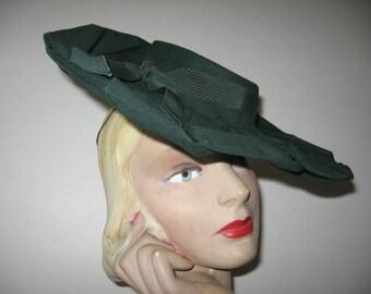 1940's Forest Green Wool Felt Wide Brim Tilt Hat!