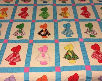 Sunbonnet Sue - little girl - vintage Hand Stitched Quilt
