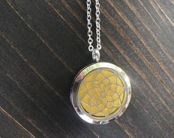 Sunburst Pattern Aromatherapy Essential Oil Diffuser Pendant Necklace, Hypo-Allergenic Stainless Steel, 22-Inch Chain and 5 Washable Pads