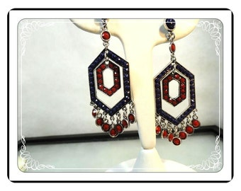 Shoulder Duster Earrings - Vintage w Purple and Red Rhinestones Dangling   E490a-030813010