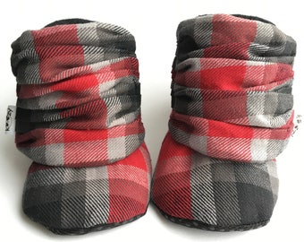 Plaid Baby Boots, Baby Shoes, Baby Booties, Baby Slippers, Baby Shoes, Baby Moccs, Soft Sole, Baby Gift, Baby Booty
