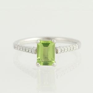 Peridot and Diamond Ring - Platinum & 18k White Gold August 1.01ctw N396