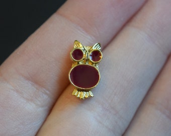 Small Burgundy Magenta Gold Owl Pin Brooch Vintage