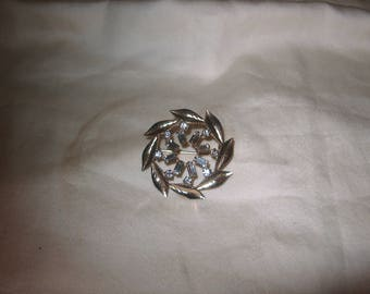 Vintage Costume Jewelry Rhinestone Brooch Pin, Gold Filled