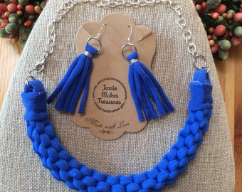 Tee Shirt Yarn Necklace and Earring Set