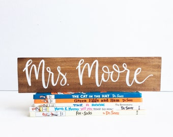 Teacher Name Sign, Personalized, Teacher Wood Name Sign, Teacher Gift, Classroom Decor, Hand Painted Wood Sign, Teacher Appreciation