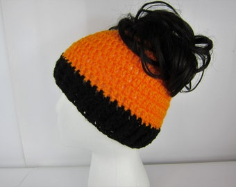 Messy Bun Hat, Crochet Messy Bun Beanie, Black Orange, Runners hat, cheerleaders hat, Womens messy bun hat, Girls Juniors teen, sport hat