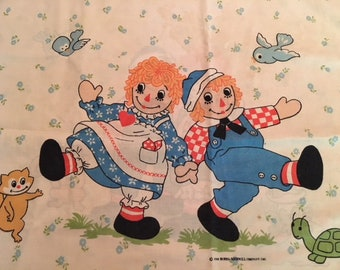 Raggedy Ann and Raggedy Andy Standard Pillowcase
