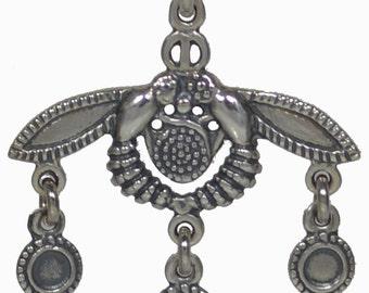 Malia Bees Silver Pendant