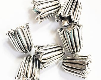 20 pcs of Antiqued Silver flower bell flower bead caps 10mm,