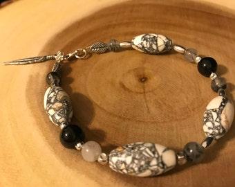 White and Black beaded bracelet