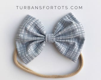 SALE: Gray Thatched, baby bow nylon headband
