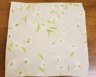 Wamsutta Vintage sheet dainty daisies double flat 81 × 104 in before hemming percale no iron 50/50 polyester cotton blend white yellow green