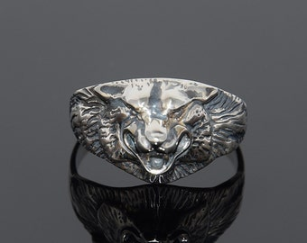 Animal ring, Wolf ring, Silver men ring, Signet ring, Signet men ring, Gift for husband, Gift for him ring, Unique gift for him