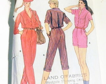 1980s Jumpsuit Coveralls Playsuit romper Rosie the Riveter all in one sewing pattern Vogue 7411 Size 8 Bust 31.5""