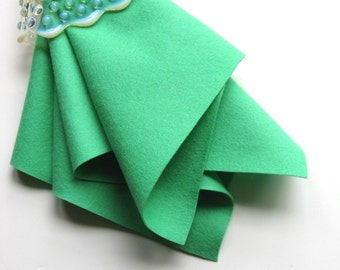 Wool Felt Square, Elf Green, Choose Size, Pure Merino Wool, Sewing Supply, 100% Wool, Felt Fabric, Wool Applique, Washable, Lucite Green