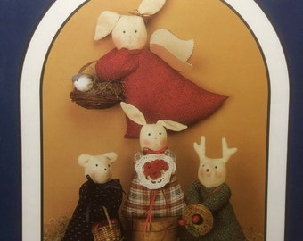 """Sewing Pattern 15"""" Dressed Bunnies Bears Reindeer Dream Spinners Woodland Choir Folk Art Style Uncut 1988"""