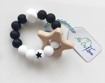 Teether gripping ring silicone beads star black white