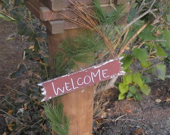 Log Cabin Welcome Post