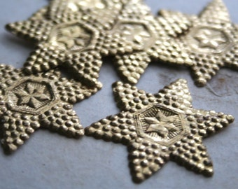 15 Vintage German Embossed Gold Paper Stars - Gold Christmas Holiday Dresden Star - Vintage Ephemera - Vintage Patina Paper Supplies