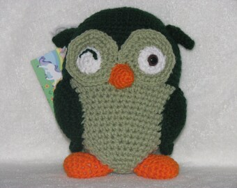 Ollie the Winking Owl - Huggable Crochet