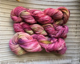 Wilted Roses Bulky Wool Yarn