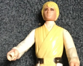 Vintage Luke skywalker Star Wars action figure from 1977