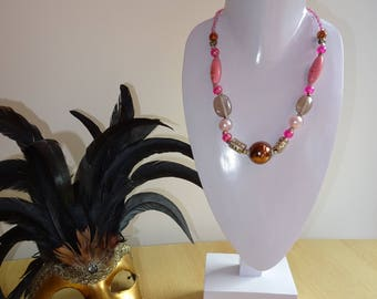 Bust to necklaces, Whitewood, support necklaces door necklaces, jewelry Stand retail jewelry display, display jewelry