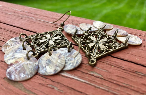 """Natural """"Simply Chandelier"""" Mussel Shell Earrings"""