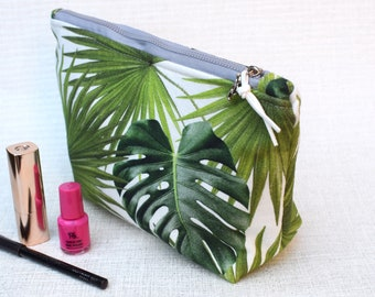 Tropical Green | Zippered Purse | Cosmetic Bag | Make-up Bag | Toiletry Bag | Organiser | Gift